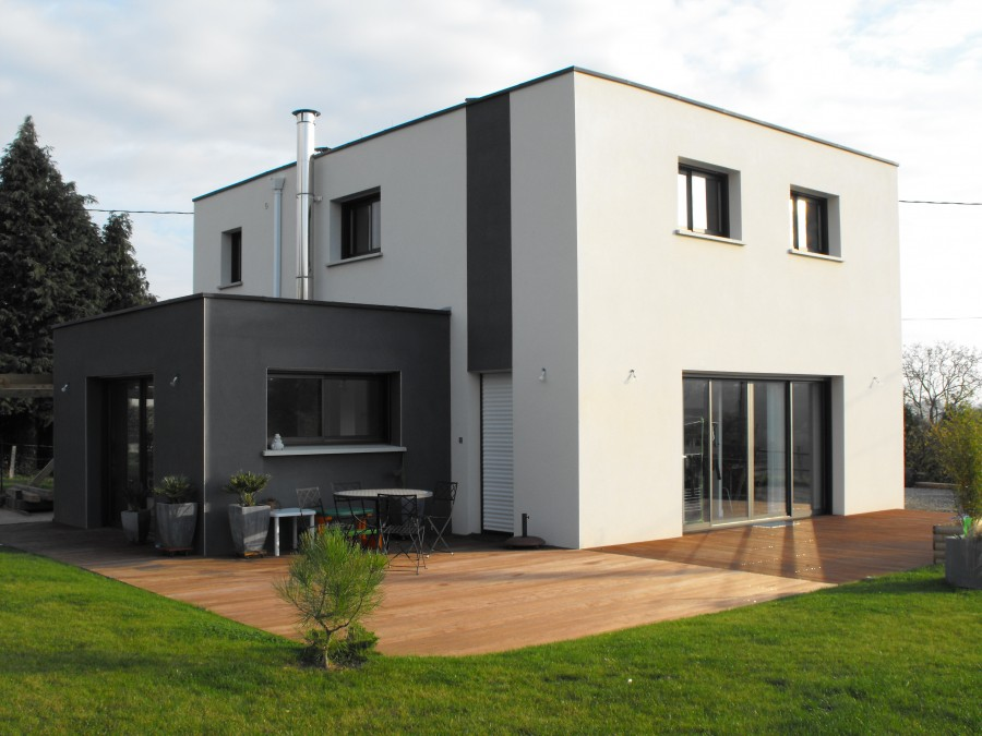 Maison contemporaine paul pichard for Maison en cube moderne