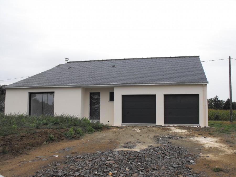 Maison plein pied paul pichard for Double garage parpaing